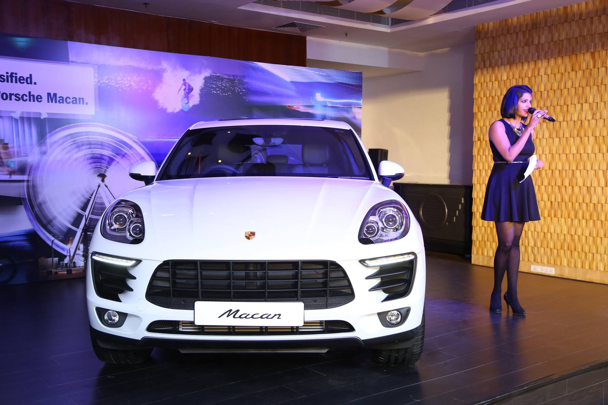 Porsche Macan 2 0l Petrol Launched In India From Rs 97 71 Lakh
