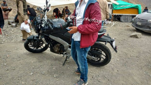 bajaj-pulsar-vs400-spy-pictures-photos-images-snaps-tvc-shoot-video-ladakh-003
