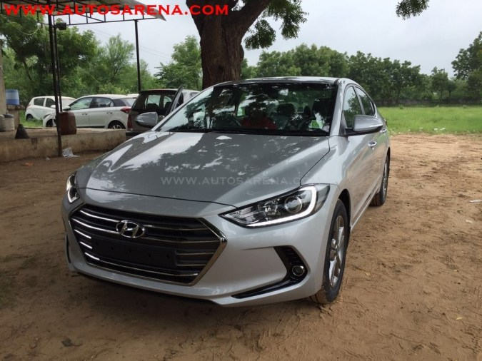 New Sixth Gen 2017 Hyundai Elantra Front India Pictures Photos Images Snaps
