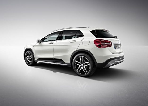 mercedes-gla-220d-4matic-activity-edition-india-rear-back-pictures-photos-images-snaps