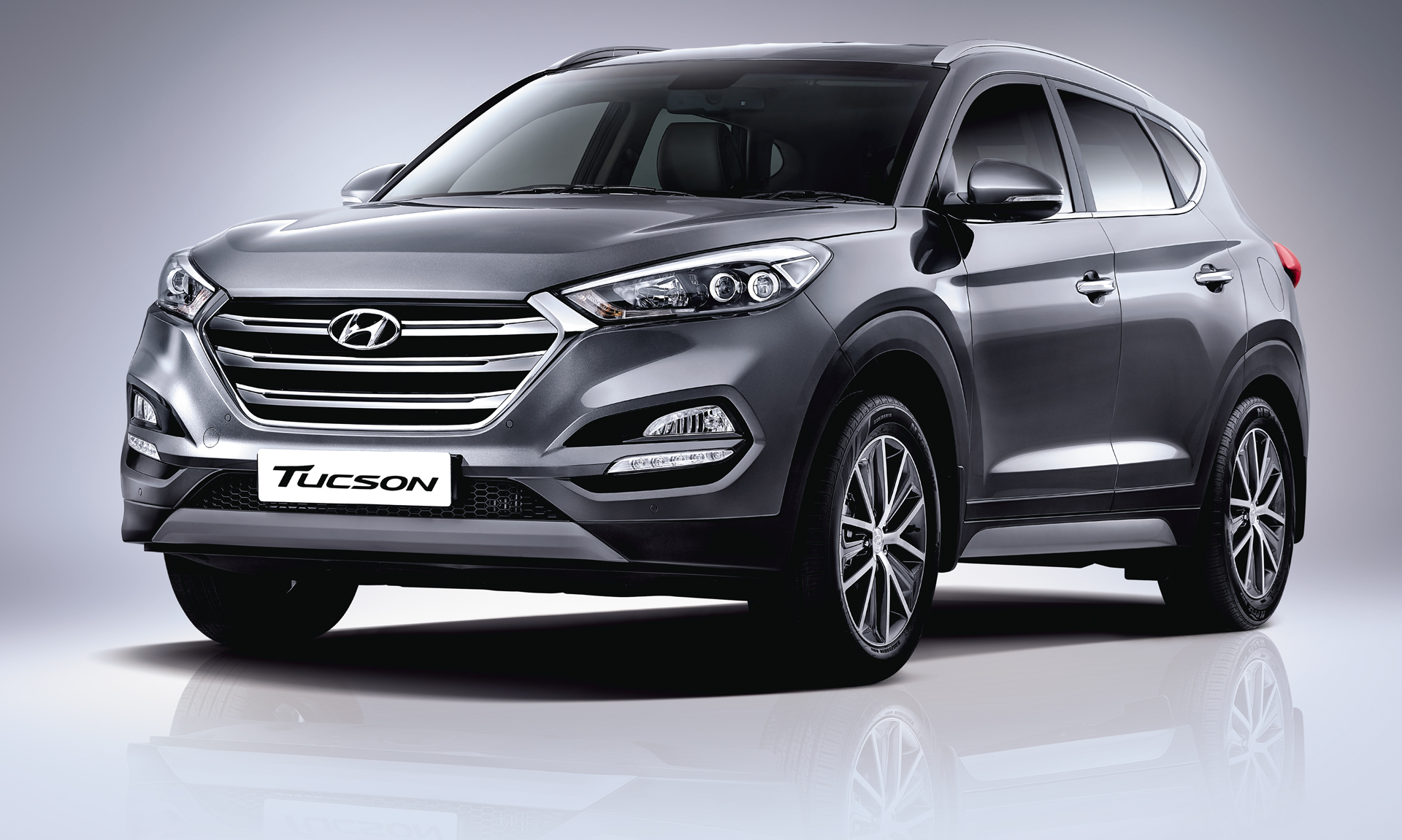 2016 hyundai tucson launched in india 2 0l petrol diesel from rs lakh. Black Bedroom Furniture Sets. Home Design Ideas