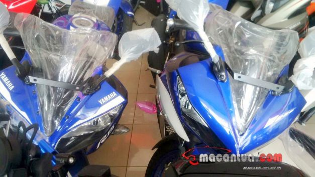 2017-yamaha-r15-v2-facelift-spied-images-pictures-photos