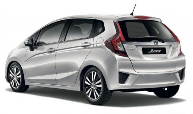 honda-jazz-dual-airbags-standard-rear-back