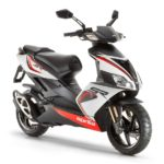 new-aprilia-sr-150-scooter-january-2017-india-launch