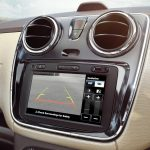 2017-renault-lodgy-stepway-media-nav-system-with-rear-view-camera-display-jpg