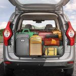 2017-renault-lodgy-stepway-tailgate-boot-dicky-jpg