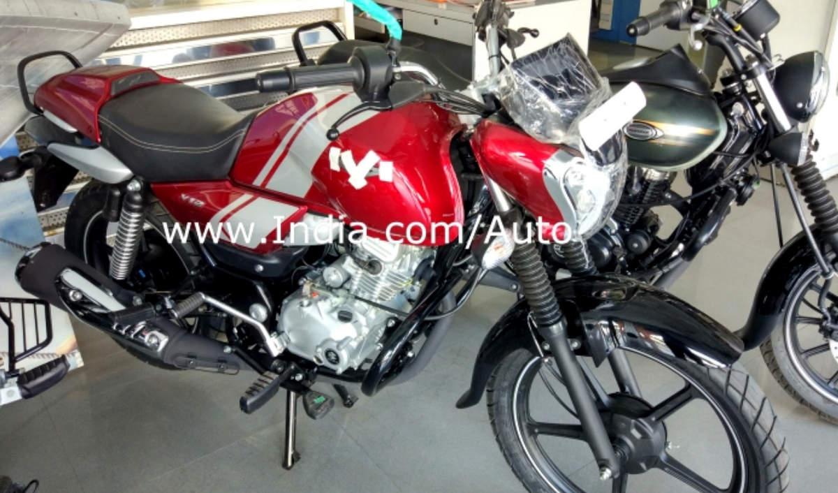 Bajaj V12 (Vikrant 125) - first pictures in flesh at a dealership