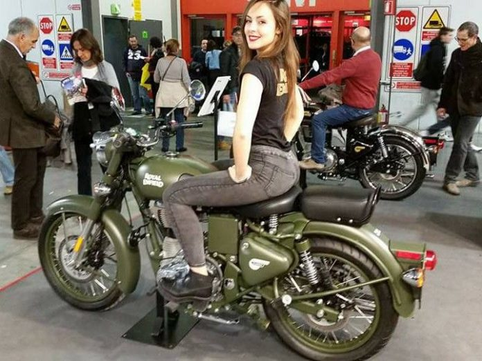 2017-royal-enfield-classic-500-efi-abs-rear-disc-brake-pictures-photos-images-snaps
