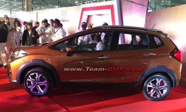 honda-wr-v-jazz-crossover-side-india-pictures-photos-images-snaps-video