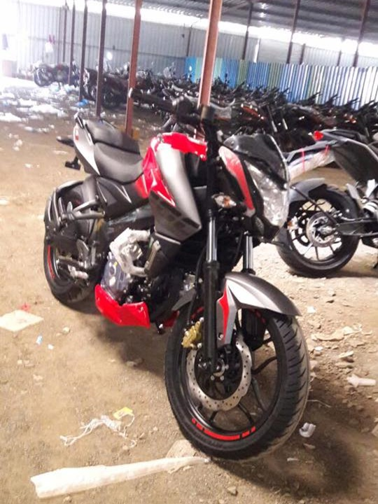 new-2017-bajaj-pulsar-200ns-front-pictures-photos-images-snaps-video