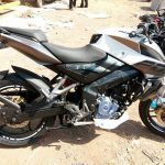 new-2017-bajaj-pulsar-200ns-side-view-pictures-photos-images-snaps-video