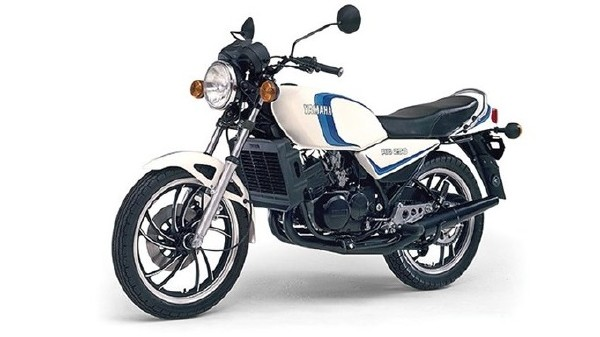 new-2017-yamaha-rd350-pictures-photos-imahes-snaps-video