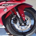 new-2017-yamaha-yzf-r15-v3-alloy-wheels-rims-india-pictures-photos-images-snaps-video