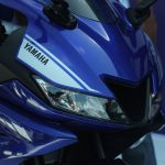 new-2017-yamaha-yzf-r15-v3-full-led-headlamps-india-pictures-photos-images-snaps-video
