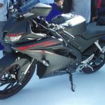 new-2017-yamaha-yzf-r15-v3-side-shape-india-pictures-photos-images-snaps-video