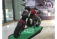 2017-benelli-tnt-750gs-naked-streetfighter-front-side-pictures-photos-images-snaps-video