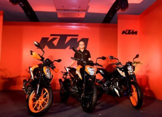 2017-ktm-duke-range-390-250-200-launched-details-pictures-price
