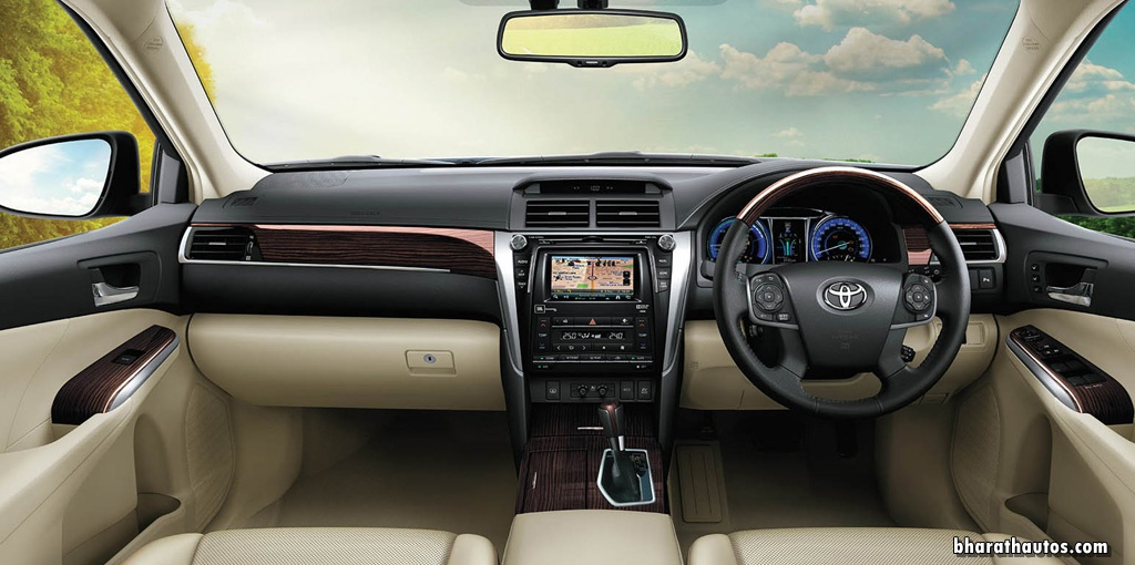 2017 Toyota Camry Hybrid India Dashboard Interior Cabin Inside Pictures Photos Images Snaps Video