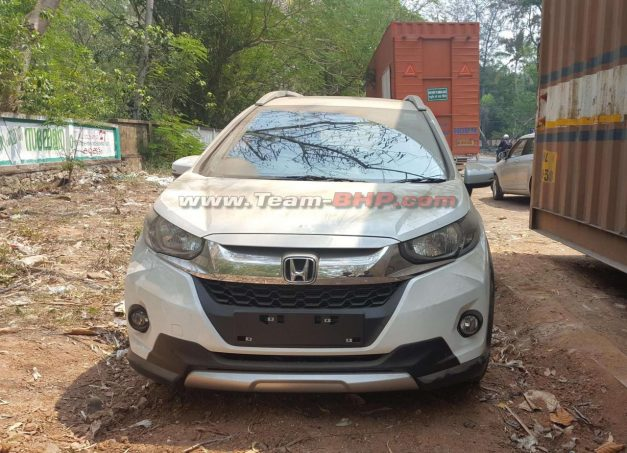 honda-wr-v-vx-india-white-exterior-outside-pictures-photos-images-snaps