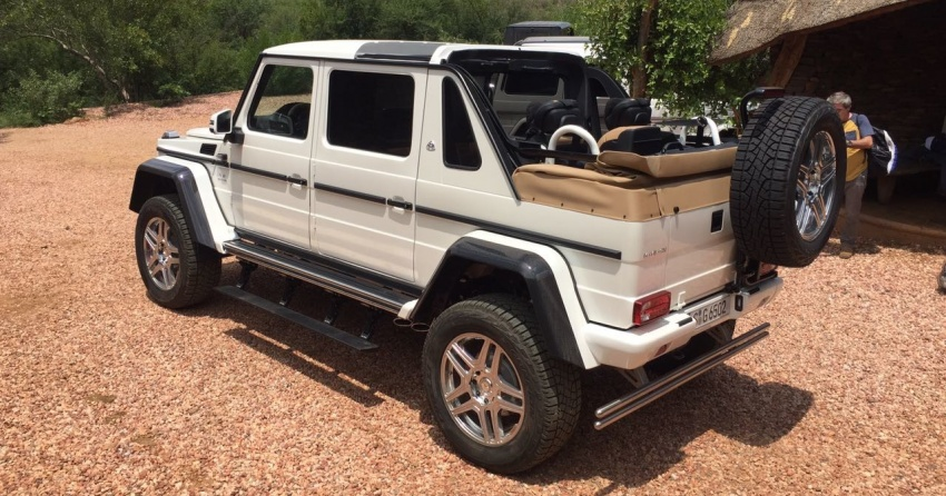 Mercedes maybach g650 4x4 landaulet gets revealed for Mercedes benz maybach g650
