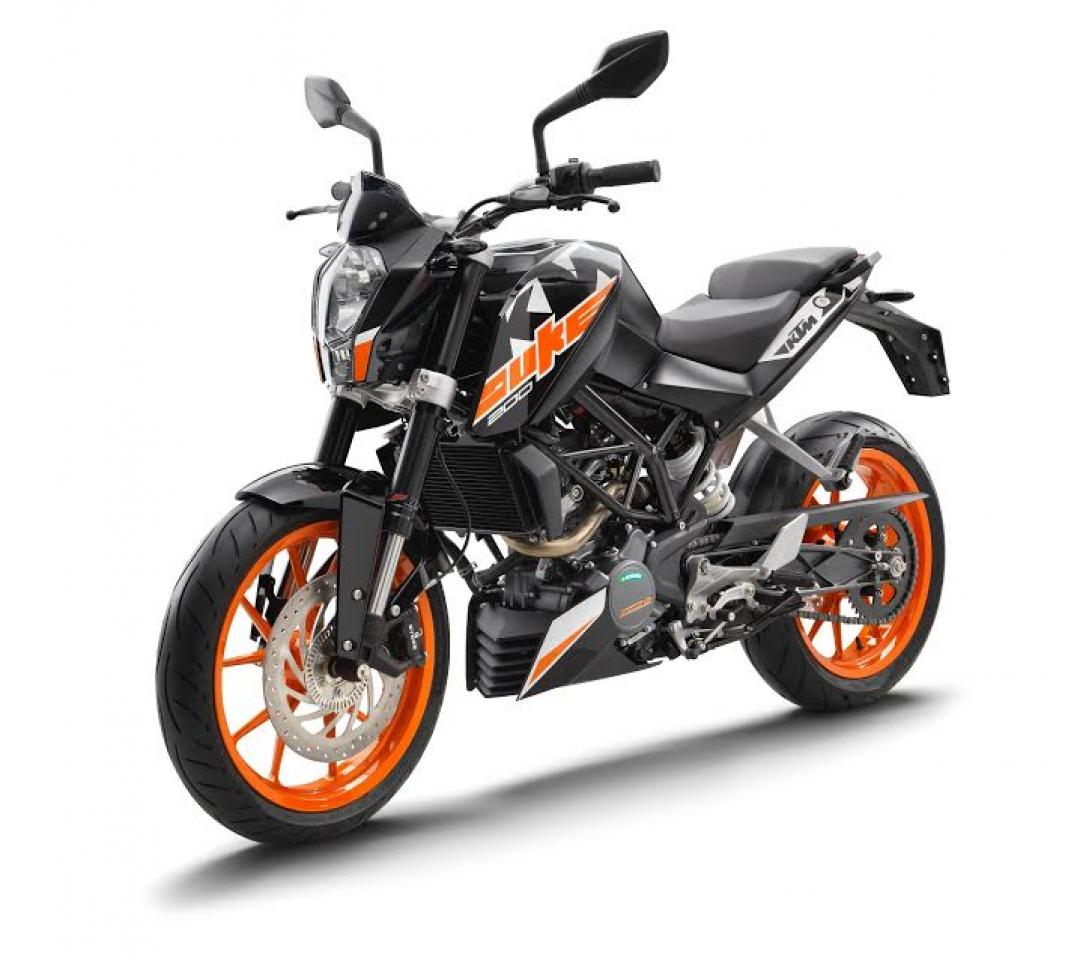 2017 ktm duke range launched in india 200 250 390cc from rs lakh to rs lakh. Black Bedroom Furniture Sets. Home Design Ideas