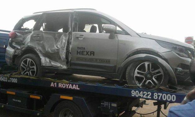 tata-hexa-accident-crash-three-quarter-pictures-photos-images-snaps