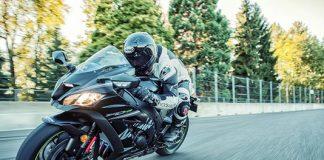 2017-kawasaki-ninja-zx-10rr-new-model-india-launched-price
