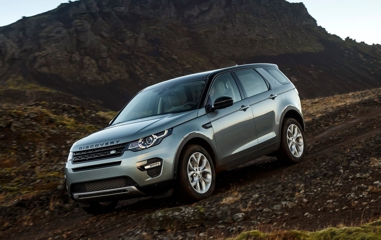 land rover india updates discovery sport with new 2 0 litre diesel engine. Black Bedroom Furniture Sets. Home Design Ideas