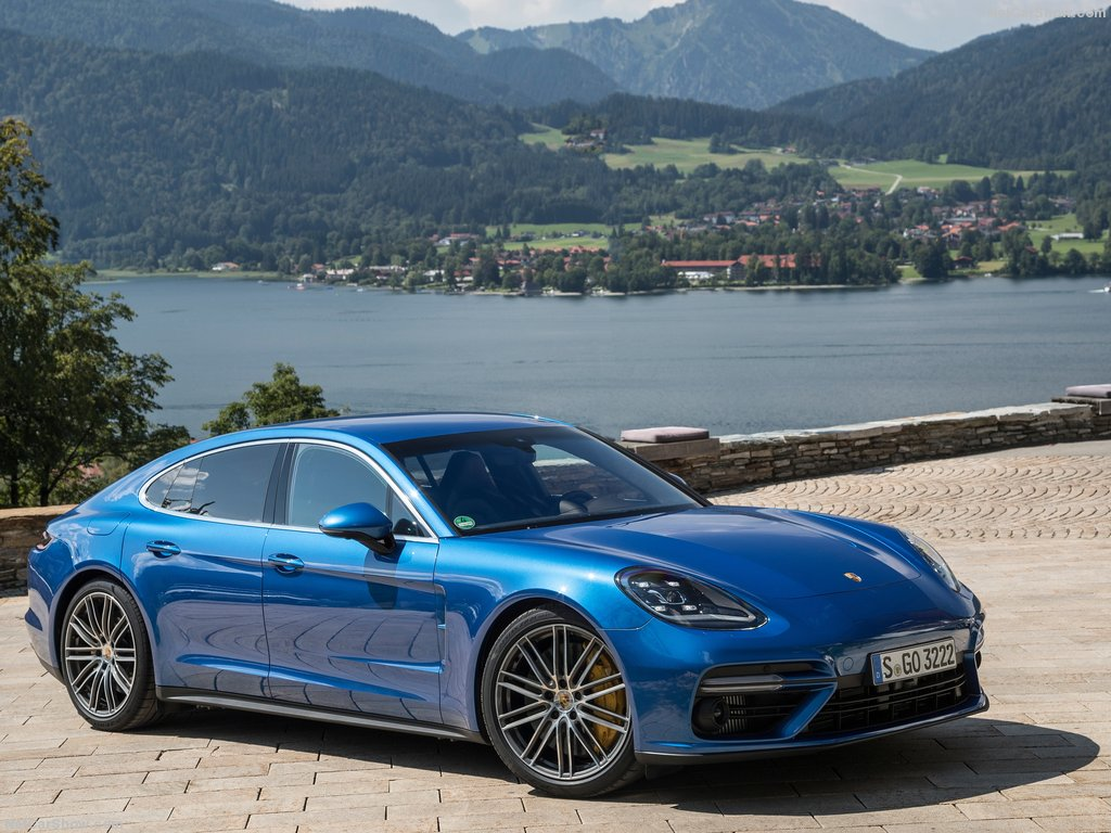 2017 porsche panamera second gen launched in india from rs crore. Black Bedroom Furniture Sets. Home Design Ideas
