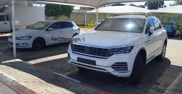 2018-volkswagen-touareg-third-generation-spied-south-africa