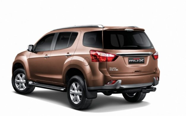 isuzu-mu-x-suv-rear-india-pictures-photos-images-snaps-gallery
