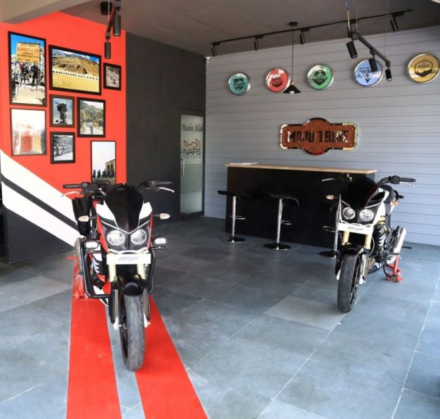 mahindra-mojo-exclusive-dealership-outlet-showroom