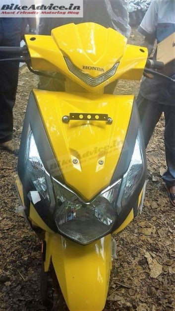 new-2017-honda-dio-yellow-orange-matte-grey-dual-tone-paint-scheme-colours