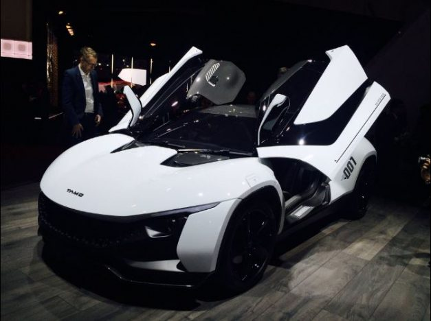 tamo-racemo-sportscar-gulling-scissor-butterfly-doors-pictures-photos-images-snaps
