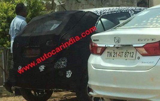2018-hyundai-elite-i20-facelift-spied-india-launch