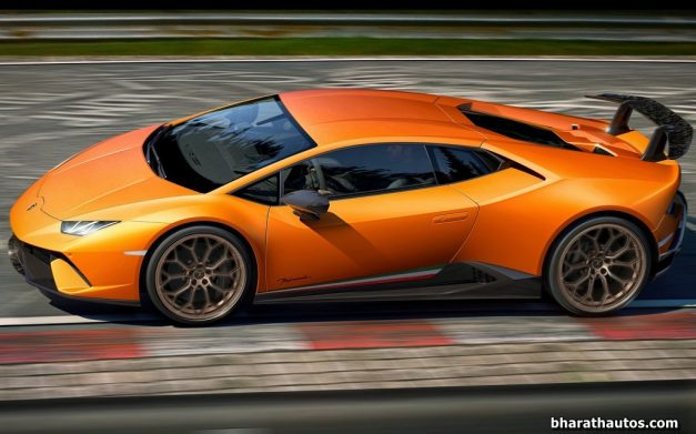 lamborghini-huracan-performante-exterior-outside-india-pictures-photos-images-snaps-gallery