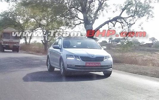 skoda-octavia-2017-version-facelift-spied-india-launch