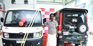 anand-mahindra-gifts-4-wheeler-3-wheeler-scorpio-auto-rickshaw-driver