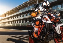 bajaj-ktm-no-bigger-bikes-machines-husqvarna-brand-for-india