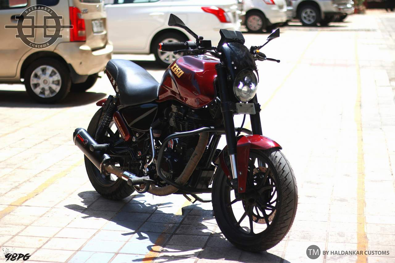 Street Fighter Dressed Royal Enfield Thunderbird 350 Looks