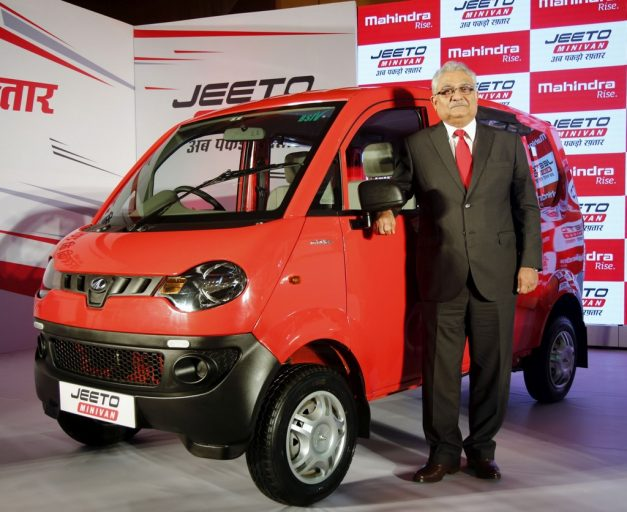 2017-mahindra-jeeto-minivan-launched-pictures-photos-images-snaps