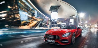 mercedes-benz-amg-gt-roadster-and-gt-r-green-hell-beast-india-launched