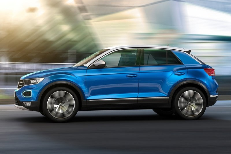 volkswagen t roc suv launch next year rivals creta q501 s201 renegade. Black Bedroom Furniture Sets. Home Design Ideas