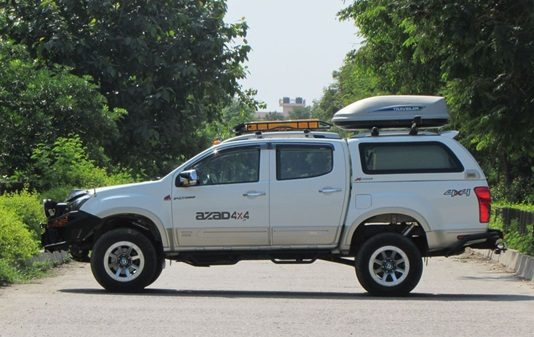 azad-4x4s-isuzu-dmax-vcross-tourismo-go-anywhere-luxury