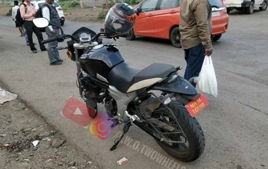 Low Cost Exhaust >> Low Cost Mahindra Mojo Cheaper Variant Single Exhaust