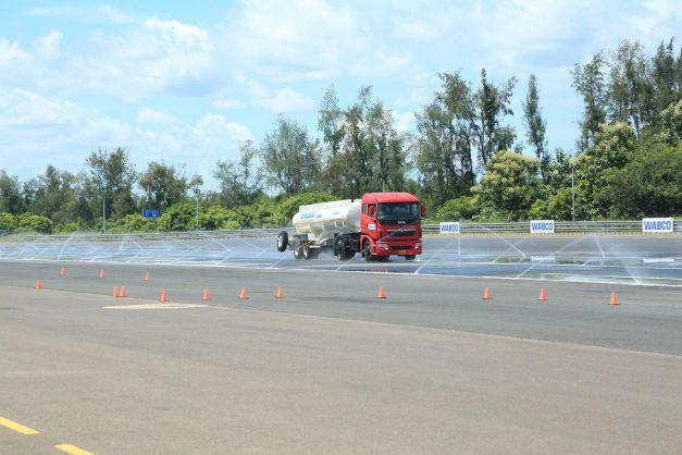 tata-motors-prima-signa-trucks-electronic-stability-control-esc-002