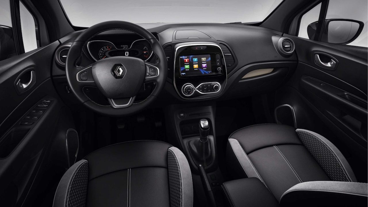 Coming soon renault captur 39 bose edition 39 for india for Interior renault captur