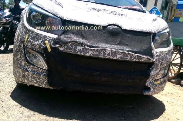 mahindra-u321-mpv-front-fascia-details-revealed