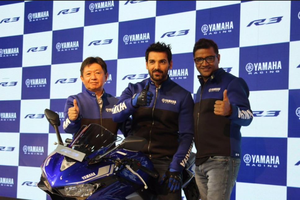 2018-yamaha-yzf-r3-abs-bs4-compliant-india-2018-auto-expo