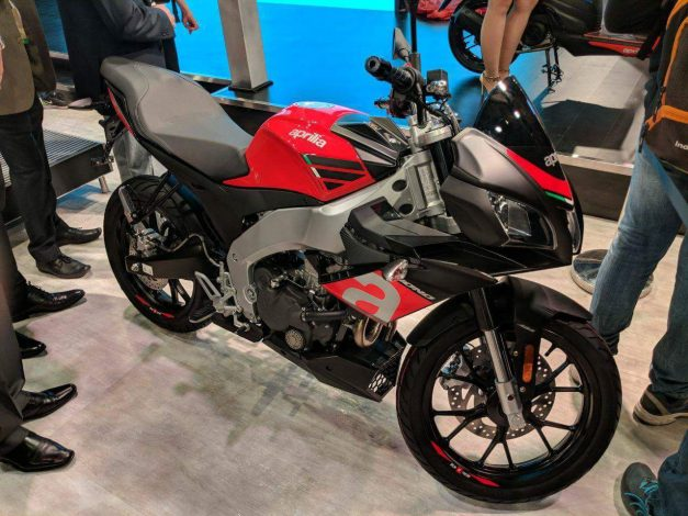 aprilia-tuono150-india-launch-2018-auto-expo-pictures-photos-images-snaps-gallery